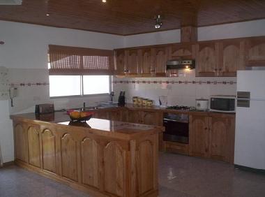 Photos maison de vacances mahe seychelles holiday villa for Grande cuisine equipee
