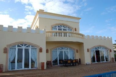 Photos maison de vacances aglou maroc beach front villa for Recherche appartement ou maison a louer